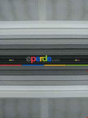 Zebra Perde - Degrade Renk Geçişli Pileli Zebra Perde- Siyah-beyaz