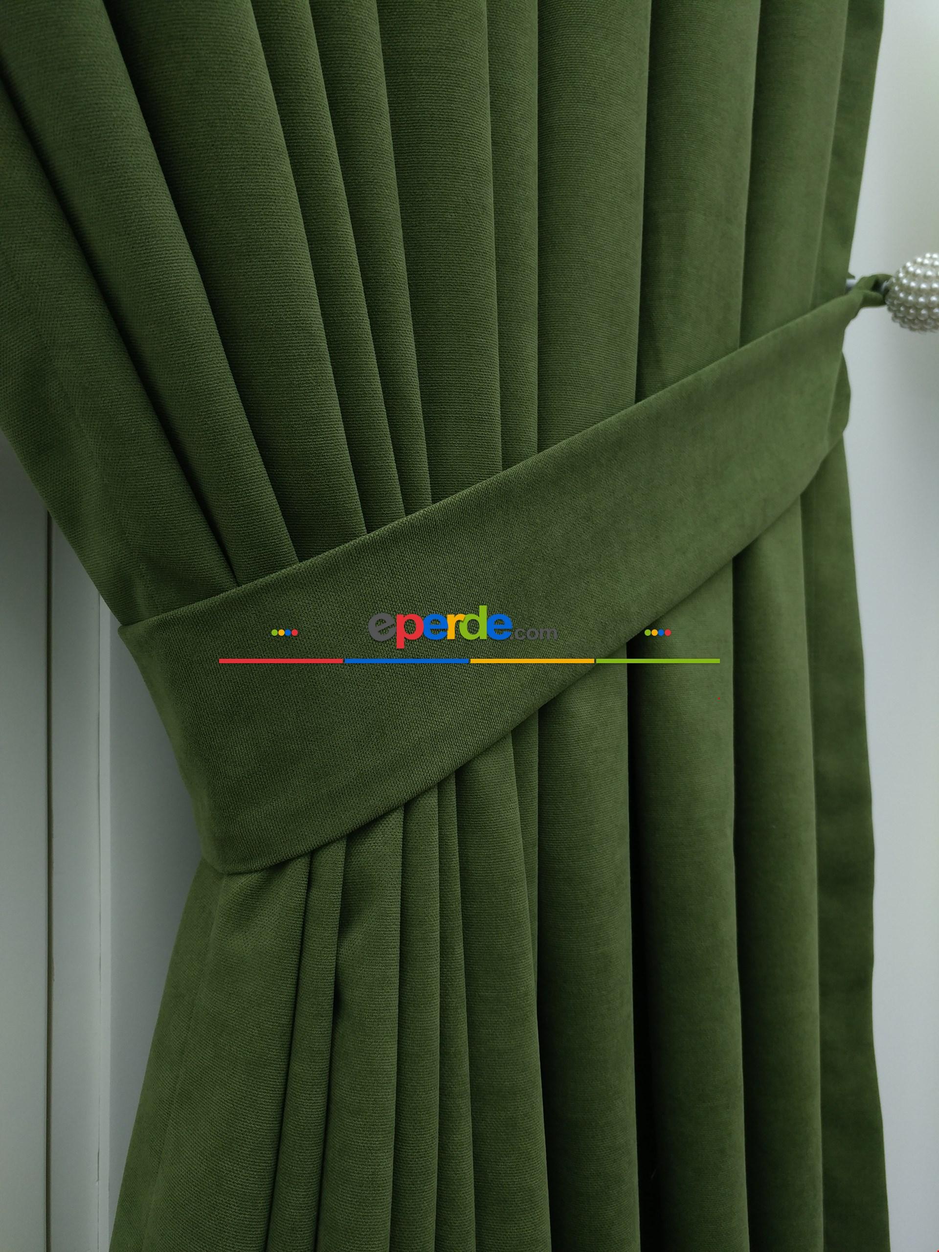 Yeşil Düz Fon Perde 130cm X 270cm