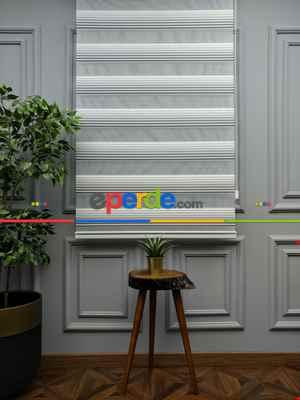 Salon Zebra Perde - 2021 Sezonu - Degrade Renk Geçişli Geniş Pileli (pilise) Zebra Perde- Beyaz