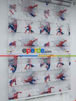 Örümcek Adam Baskılı Zebra Perde - Mavi Kırmızı