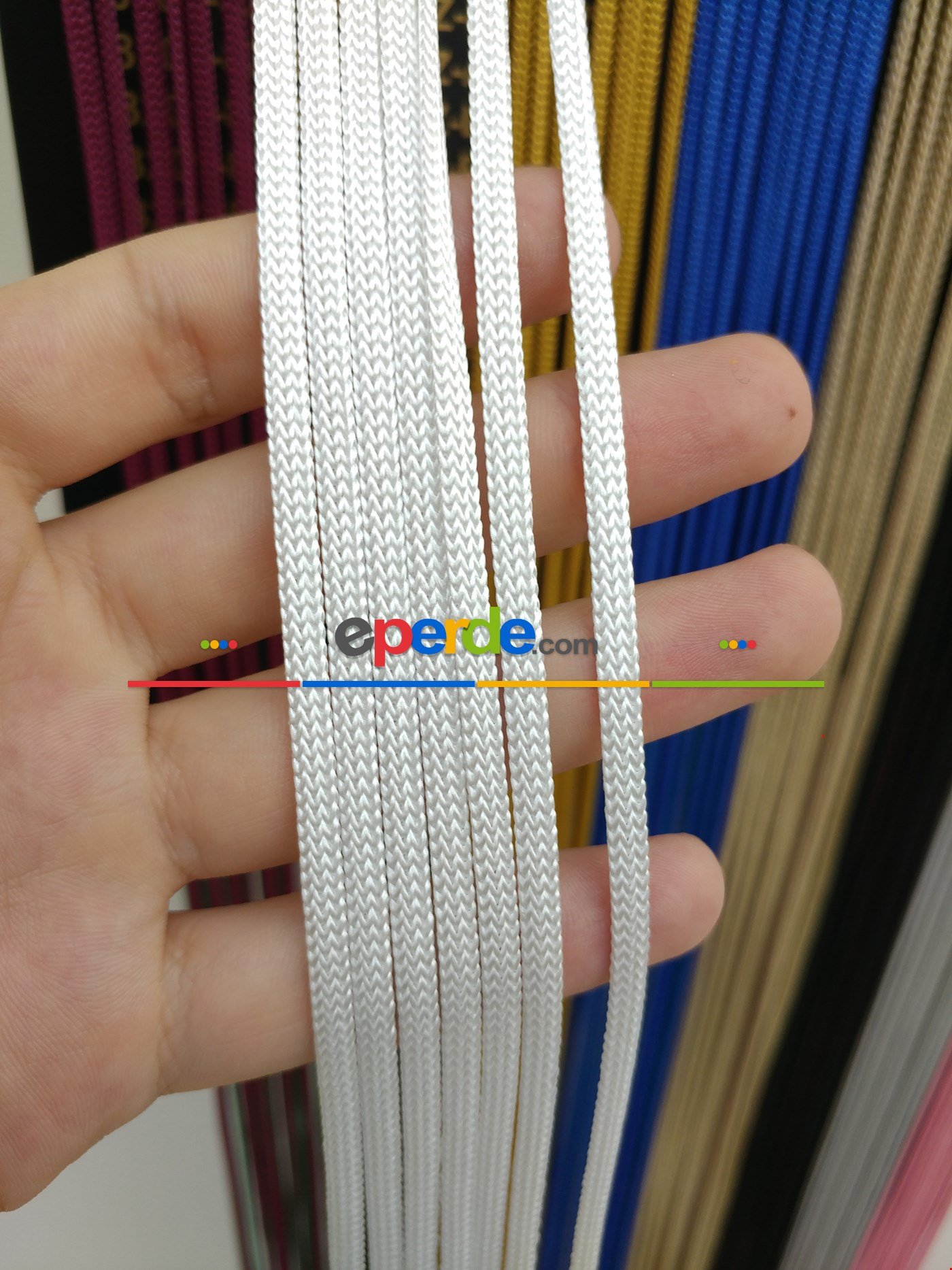 Gri Rengi İp Perde Jumbo Zincir Serisi Beyaz