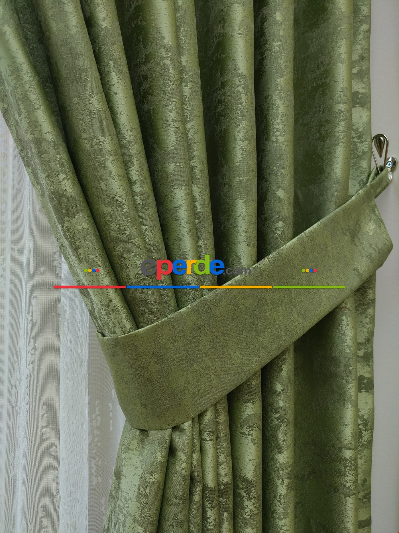 Mint - Katyonik Jakar Fon Perde Fıstık Yeşili